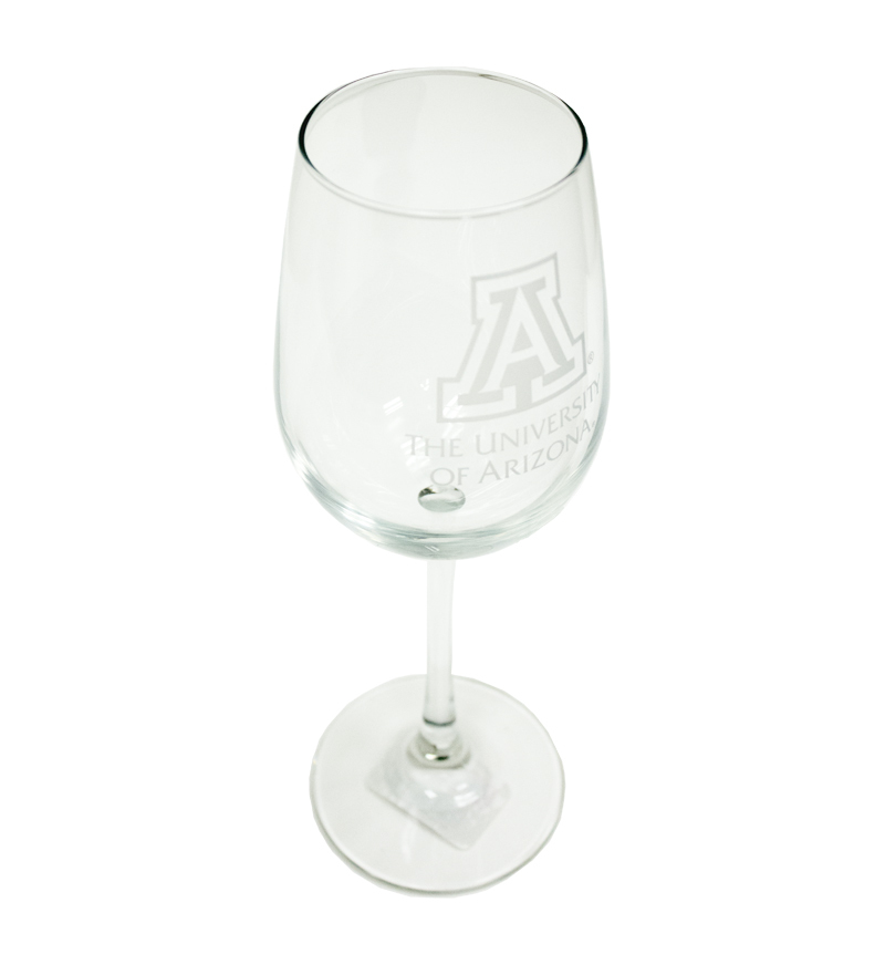 Cover Image For Glass: The University of Arizona Etched Vina Wine Glass